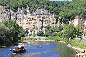 Boat trips on the Dordogne