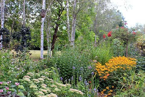 Les Jardins Tranquille Brantome Dans La Dordogne