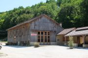 tobacco-barn-shop