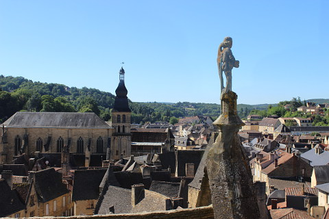 panoramic lift of sarlat